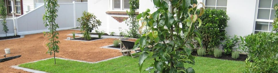 Stone edge landscapes diy renovations online for Landscaping rocks melbourne