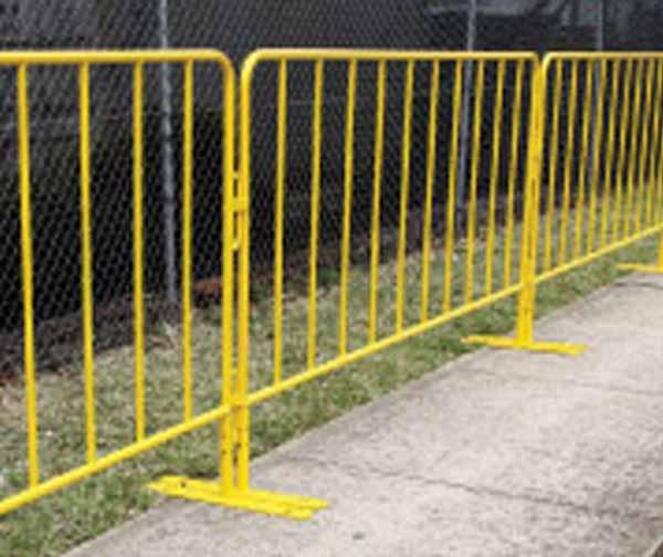 thumb_barriers-crowd-yellow-powdercoat